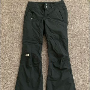 North Face NWOT snow pants